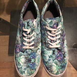 Converse florals